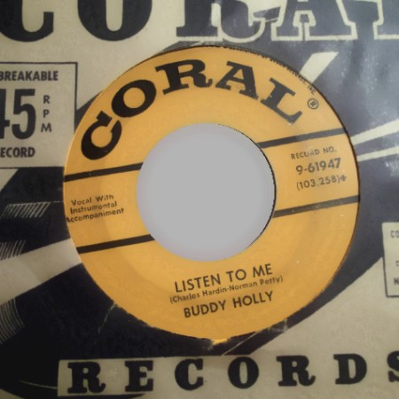 BUDDY HOLLY - I'm Gonna Love You Too / Listen To Me - 45T (SP 2 titres)