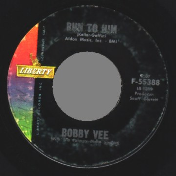 Vee,Bobby Run+To+Him+/+Walkin+With+My+Angel 45RPM